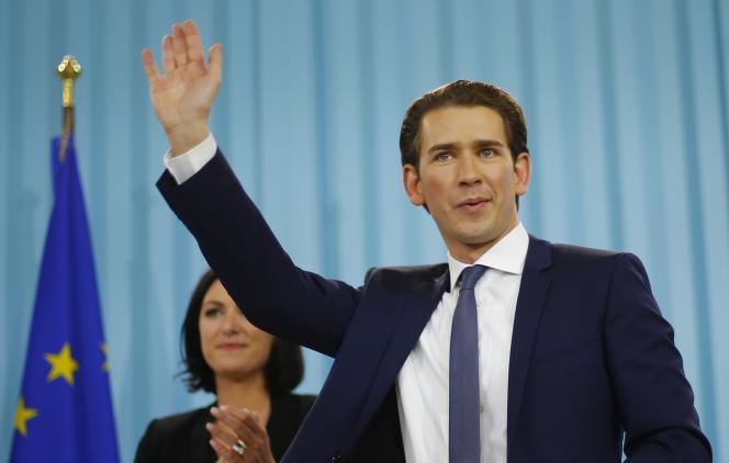 Sebastian Kurz célèbre sa victoire électorale dimanche à Vienne.