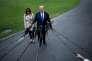 Donald Trump et son épouse Melania dans les jardins de la Maison Blanche à Washington, le 13 octobre.