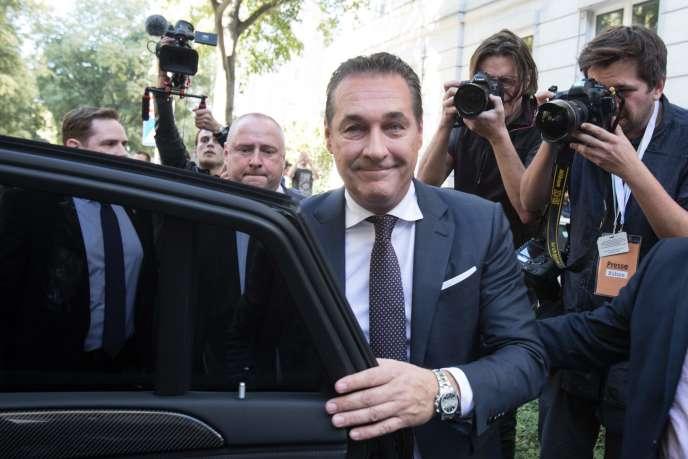 Heinz-Christian Strache, du Parti de la liberté d'Autriche (FPÖ), vice-chancelier et ministre fédéral de la fonction publique et des sportsdepuisle 18 décembre 2017.
