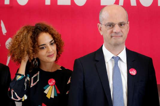 Le ministre de l'éducation Jean-Michel Blanquer et l'écrivaine Leïla Slimani ont rencontré des élèves de l'ELA, l'association européenne contre les leucodystrophies, à Paris, le 16 octobre.