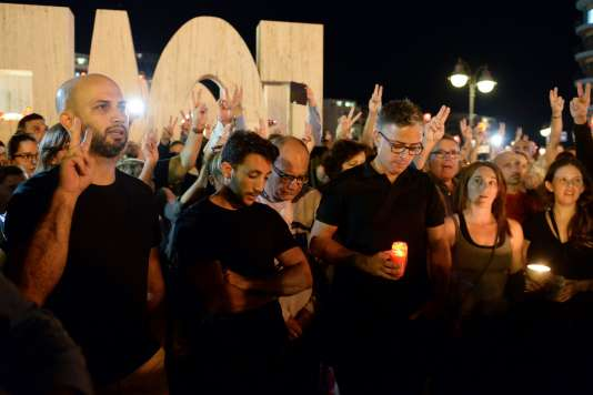 Rassemblement pour rendre hommage à la blogueuse assassinée Daphne Caruana Galizia, à Sliema (Malte), le 16 octobre.