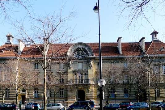 L'Ecole nationale supérieure des arts et métiers (Ensam) propose un « bachelor en technologie » conçu pour les bacheliers STI2D.