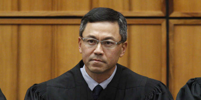 Le juge d'Hawaï Derrick Watson a bloqué mardi 17 octobre le dernier décret migratoire de l'administration Trump.