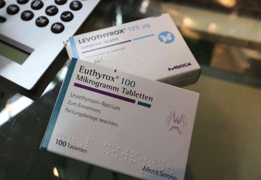 Des boîtes de Levothyrox nouvelle formule et d'Euthyrox, l'ancienne formule du Levothyrox, le 2 octobre.