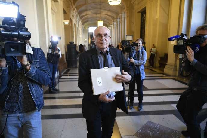 Christian Balle-Andui, ex-directeur régional du renseignement, au Palais de justice de Paris, lundi 16 octobre.