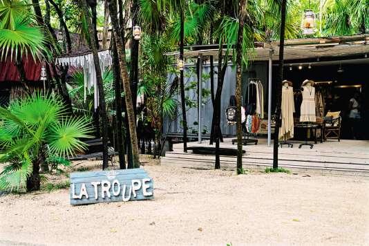 La boutique La Troupe.