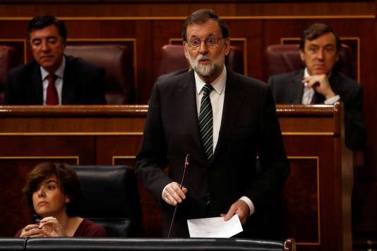 Madrid confirme envisager une suspension de l'autonomie de la Catalogne