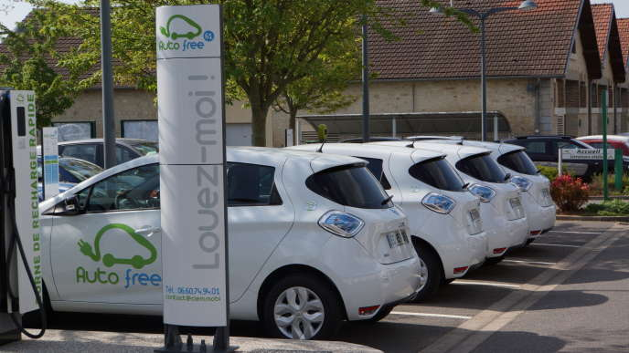 Le département loue à ses habitants sept véhicules de service électriques, 24h/24.