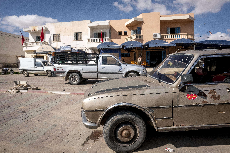 Le centre-ville de Bir Ali, à 60 kilomètres de Sfax, le 16 octobre 2017. Selon les habitants, 500 jeunes auraient tenté de s'exiler en septembre.