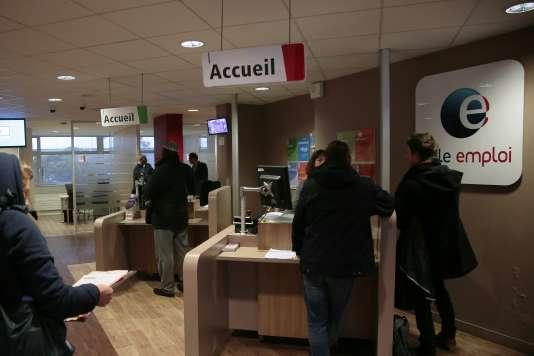Dnas une agence de Pôle emploi, à Paris, en mars 2016.