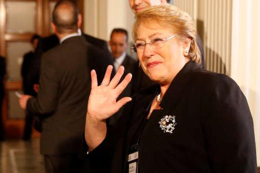 La présidente chilienne Michelle Bachelet lors d'une conférence de l'OMS, àMontevideo, le 18 octobre.