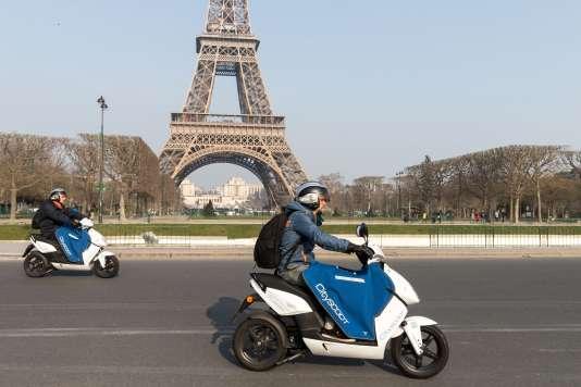 Les scooters de Cityscoot qui a déployé en 2016 1 600 deux-roues en Ile-de-France.