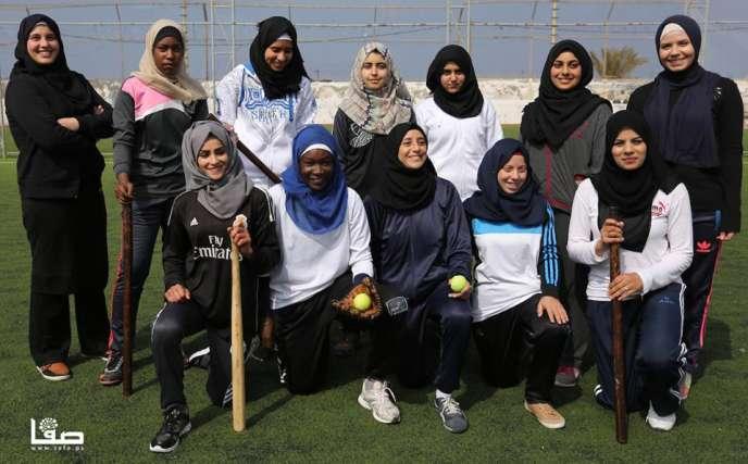 L'équipe féminine de base-ball de Gaza.