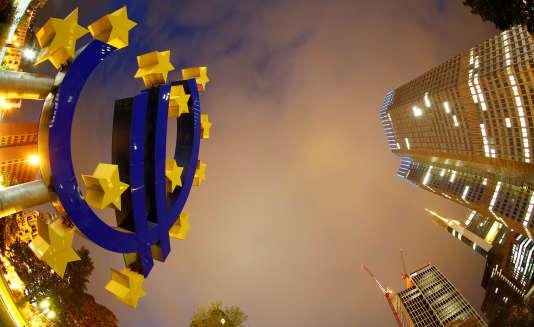 «L'annonce de la BCE présentant sa réduction progressive (appelée « tapering »)sera probablement faite le 26 octobre« (Photo: la BCE, à Francfort, en 2013).