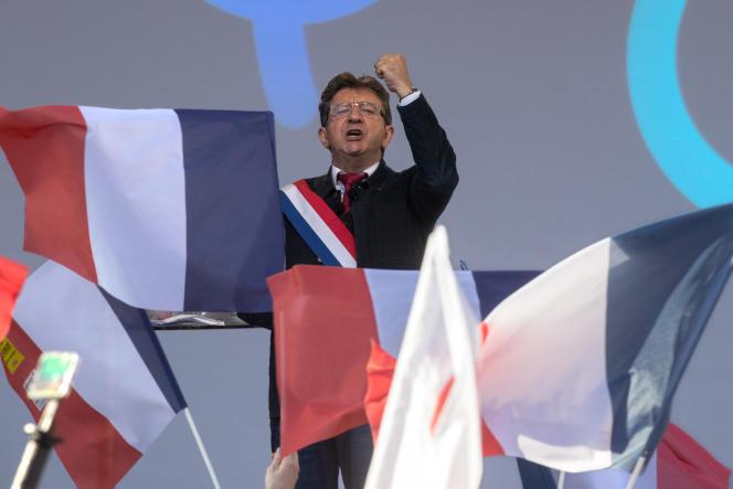 Jean-Luc Mélenchon, lors de la «marche contre le coup d'Etat social», à Paris, le 23septembre.
