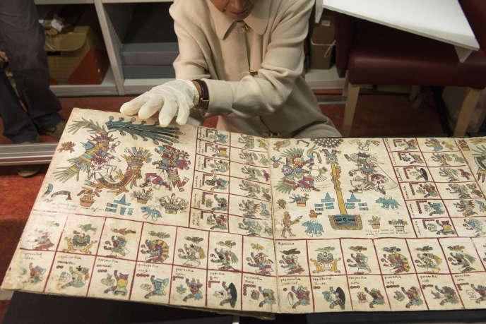 Une équipe de scientifiques a entrepris l'analyse de l'almanach aztèque afin d'en déterminer la date de création.