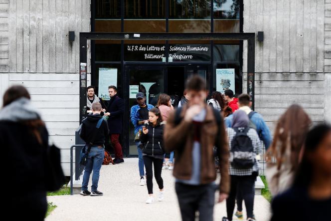 Le bâtiment des sciences humaines, àl'université de Rouen (Mont-Saint-Aignan, Seine-Maritime), en octobre.