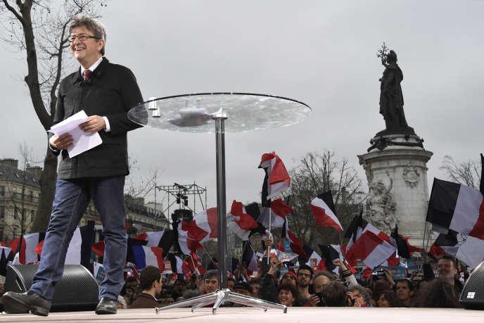 Jean-Luc Mélenchon, lors de la Marche pour la VIeRépublique,le 18mars, àParis.