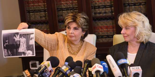 LOS ANGELES, CA - OCTOBER 20: Attorney Gloria Allred (L) and her client Heather Kerr speak during a press conference regarding the sexual assault allegations that have been brought against Harvey Weinstein and what he told Kerr about what she had to do to get a job in Hollywood at Allred?s office October 20, 2017 in Los Angeles, California. Weinstein has been accused of sexual assault, harassment or rape by dozens of women. Matt Winkelmeyer/Getty Images/AFP == FOR NEWSPAPERS, INTERNET, TELCOS & TELEVISION USE ONLY ==