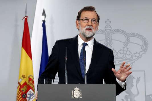 Lors d'un conseil des ministres extraordinaire, Mariano Rajoy, le chef du gouvernement espagnol, a annoncé les mesures concrètes qui seront soumises au vote du Sénat, dans le cadre de l'article 155 de la Constitution.