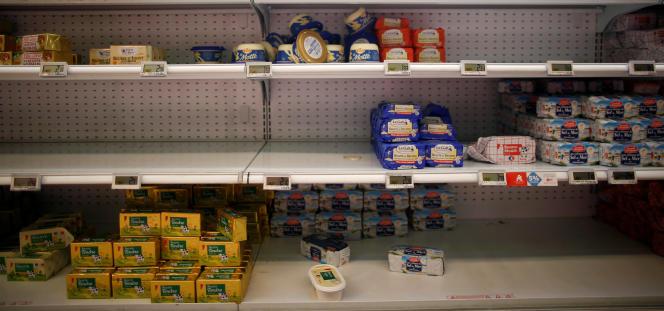 Il faut environ 23 litres de lait pour faire un kilogramme de beurre.