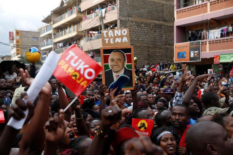 Rassemblement des supporters deUhuru Kenyatta, le président sortant, à Nairobi (Kenya), le 23 octobre 2017.