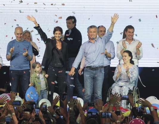 Le président argentin Mauricio Macri et son épouse Juliana Awada, à Buenos Aires le 22octobre.