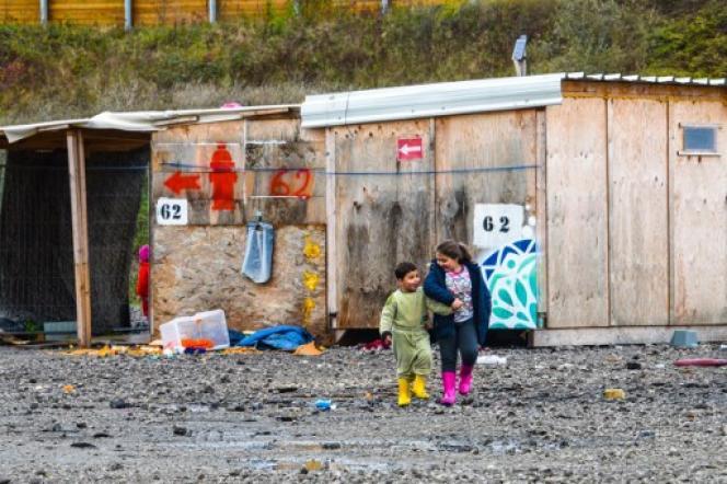 Les moins de 12 ans ne représentent que 2 % des mineurs isolés, qui choisissent souvent d'émigrer seuls et ont majoritairement plus de 16 ans.