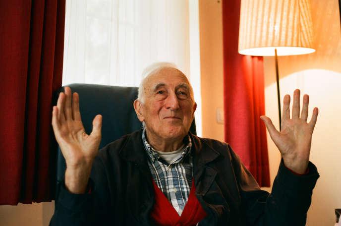 Jean Vanier, chez lui, près de Compiègne, le 5 octobre.