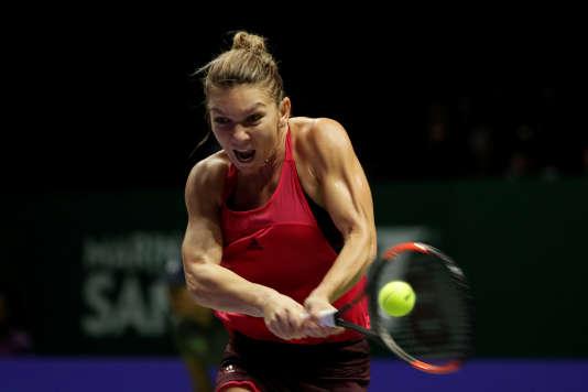 Simona Halep devra batailler à Singapour pour conserver sa première place mondiale.