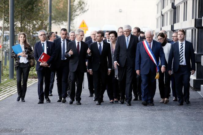 Le président de la République Emmanuel Macron à Saclay, le 25 octobre.