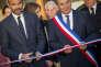 Edouard Philippe et le maire Alain Brezaudy, lors de l'inauguration de la Maison de Santé de Châlus (Haute-Vienne), le 13 octobre.