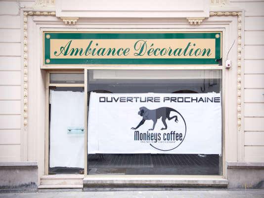 Une future boutique rue des Balances, à Arras, le 25 octobre.