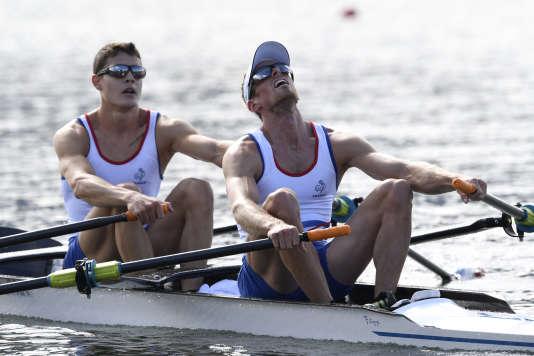Jérémie Azou (au premier plan) et son coéquipier Pierre Houin ont remporté la médaille d'or olympique en 2016, à Rio.