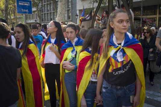 Des partisans de l'indépendance à Barcelone le 26 octobre.