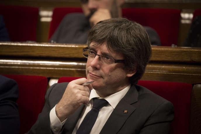 Le parti de Carles Puigdemont (ici le 27 septembre à Barcelone), le PDeCAT, a lui aussi confirmé qu'il se présenterait aux élections.
