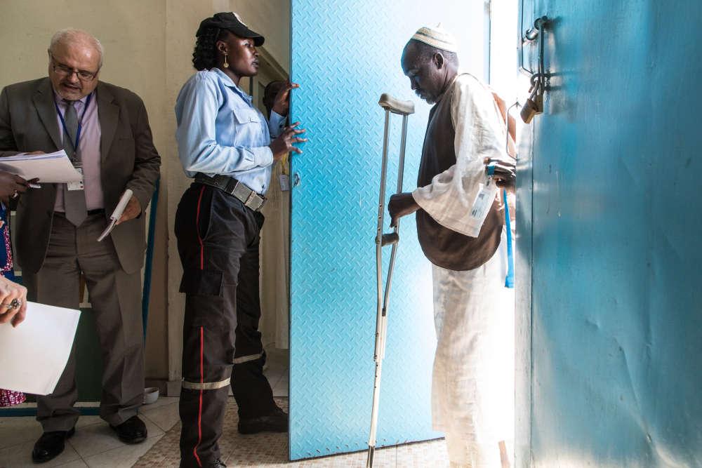 Pendant quatre jours, l'Office français de protection des réfugiés et apatrides a mené, à N'Djamena au Tchad, plus de deux cents entretiens auprès de réfugiés candidats à la réinstallation en France.