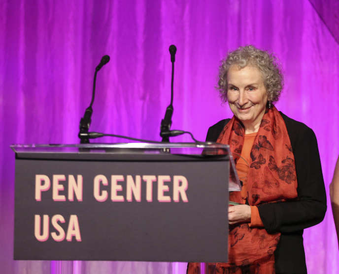 L'écrivaine canadienne Margaret Atwood à la réception du prixLifetime Achievement du PEN, à Los Angeles, en octobre 2017.
