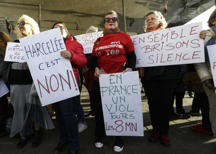 Manifestantes contre les agressions sexuelles et le harcèlement sexiste à Marseille, le 29 octobre.