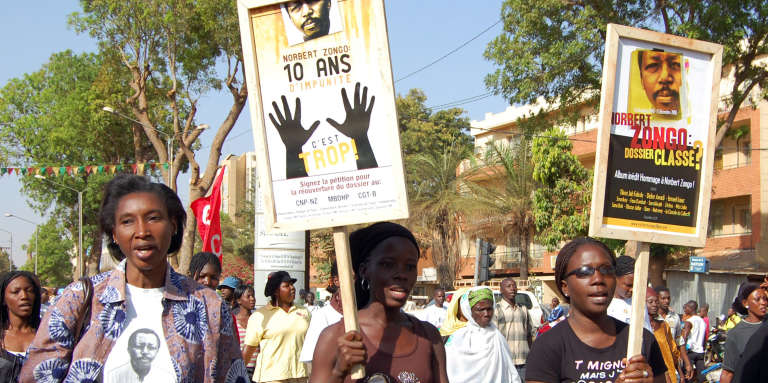 Manifestation à Ouagadougou, le 13 décembre 2008, pour protester contre l'impunité, dix ans après la mort du journaliste Norbert Zongo.
