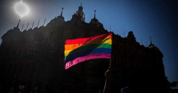 Gay Pride à Johannesburg: une marche des fiertés trop blanche et trop élitiste»