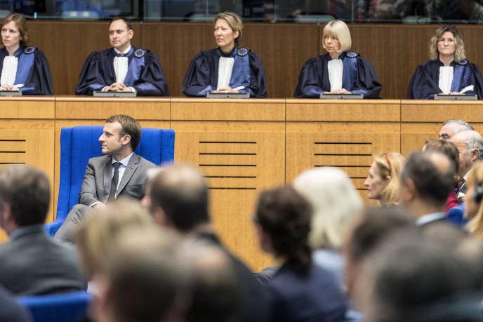 Emmanuel Macron à la Cour européenne des droits de l'homme, à Strasbourg, le 31 octobre.