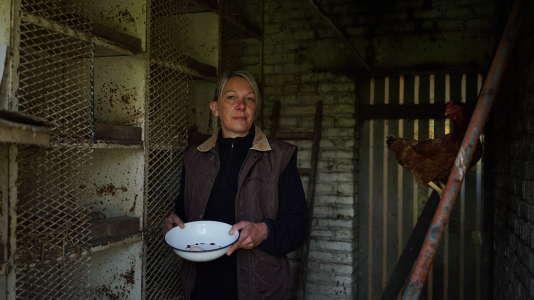Anne-Sophie Mathon, 47 ans, est esthéticienne dans la Somme.