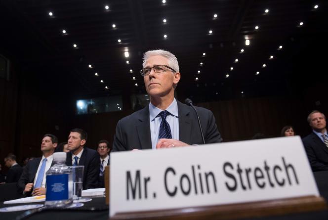Colin Stretch, le directeur juridique de Facebook, doit encore être entendu par deux commissions.