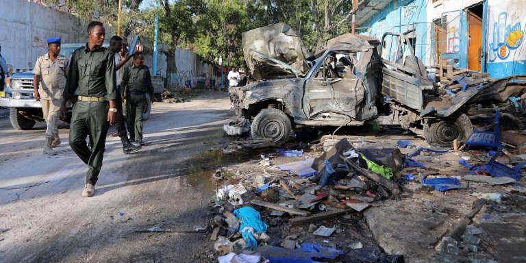 Après l'attentat contre l'hôtel Naasa Hablood Two à Mogadiscio, le 29 octobre.