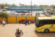 Niamey, le 29 octobre 2017. Dans la gare routière de Sonatrans dont les bus desservent les voyageurs dans tout le Niger et jusqu'à la ville de Ouagadougou, au Burkina Faso.