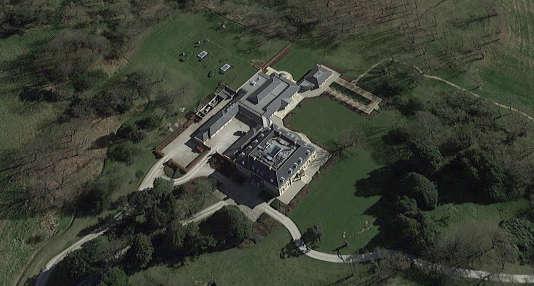 Nyn Park, la propriété de Bernard Arnault, au nord de Londres, début 2017, vue par satellite.