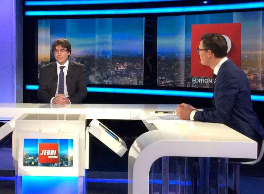 Carles Puigdemont à la télévision belge, le 3 novembre. REUTERS/Eric Vidal