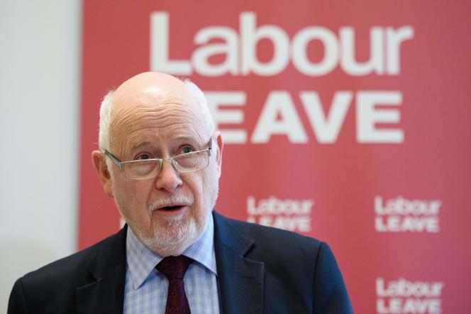 Kelvin Hopkins, député du Parti travailliste, a été suspendu vendredi 3 novembre à la suite d'une affaire de harcèlement sexuel.