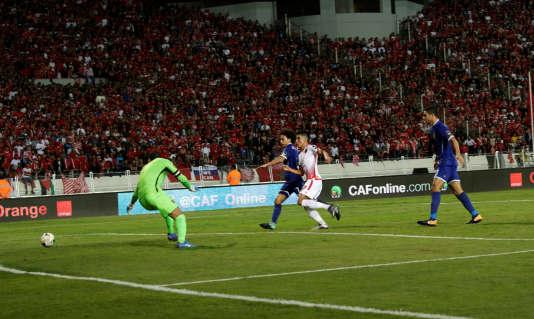 Les coéquipiers de Mohammed Ounnajem (en blanc) ont remporté la seconde Ligue des champions de l'histoire de leur club.